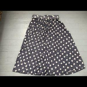 Vintage plus size daisy midi skirt